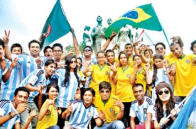 ফুটবল বিশ্বকাপে বাংলাদেশে ব্রাজিল-আর্জেন্টিনা উন্মাদনা, সূত্রপাত কবে থেকে?
