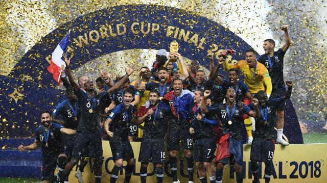 রাশিয়া বিশ্বকাপে দাপুটে ফুটবলে অপরাজিত চ্যাম্পিয়ন ফ্রান্স