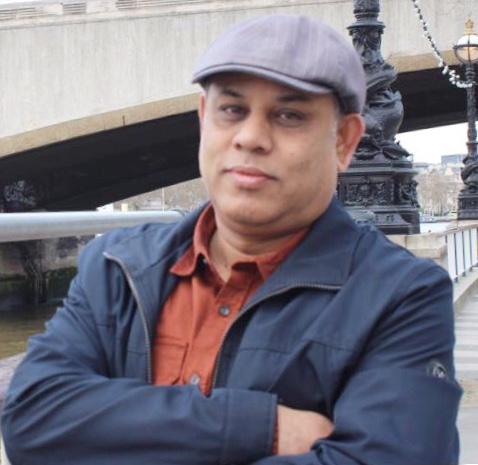 কবি ও কবিতা : এ কে এম আব্দুল্লাহ