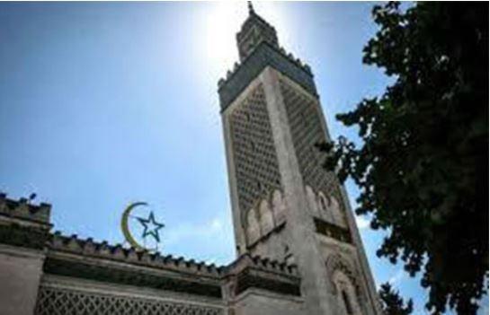 'ফ্রান্সে ৭৬টি মসজিদকে বিচ্ছিন্নতাবাদের জন্য সন্দেহজনক মনে করা হচ্ছে'!