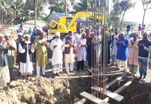 কলুমা জামে মসজিদ নির্মাণ কাজের বেইস ঢালাই শুরু