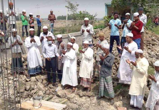 পূর্ব বাদেশপুর জামে মসজিদের ভিত্তিস্থাপন