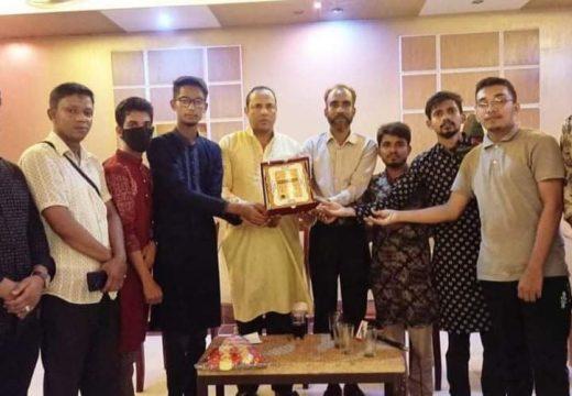 সমাজসেবী আব্দুল আজিজ মাসুককে গহরপুর ছাত্রকল্যাণ পরিষদের সংবর্ধনা প্রদান